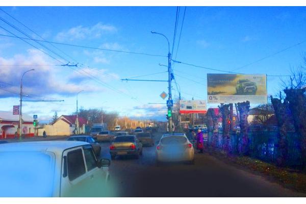 Рекламный щит улица Чаадаева путепровод, сторона А