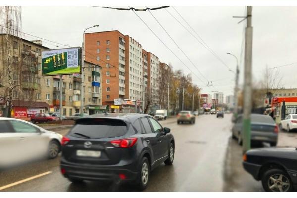 Рекламный щит улица Суворова 131 ТЦ Суворовский, сторона Б